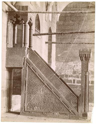 Minbaren pierre de lakhanqahFarag ibn Barquq
