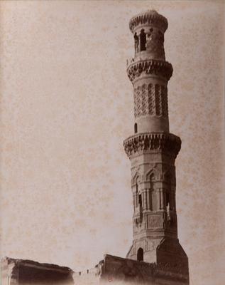 Minaret du complexe funéraire de Qurqumas, s. d., bibliothèque de l'INHA, Raccolta artistica..., 1887, f° 38.