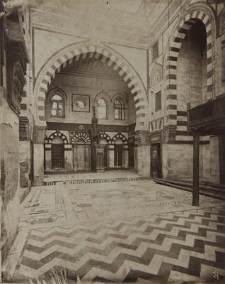 Intérieur de la mosquée Azbak al-Yusufi, s. d., bibliothèque de l'INHA, Raccolta artistica..., 1887, f° 24.