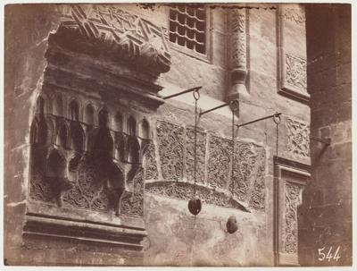 Détail architectural d'un angle du sahn de la mosquée Qaytbay