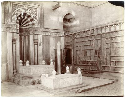 Intérieur du mausolée nord-est de lakhanqahFarag ibn Barquq