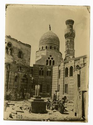 Cimetière Ibrahim Agha Mustahfizan et mosquée Khayrbak