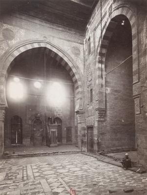 Salle de prière de la mosquée Qaytbay intra-muros