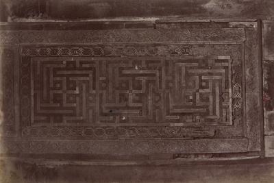 Panneau en bois à décor de svastikas, s.d., bibliothèque de l'INHA, Raccolta artistica..., 1887, f° 147.